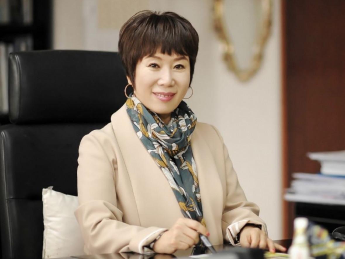 김해련 동창